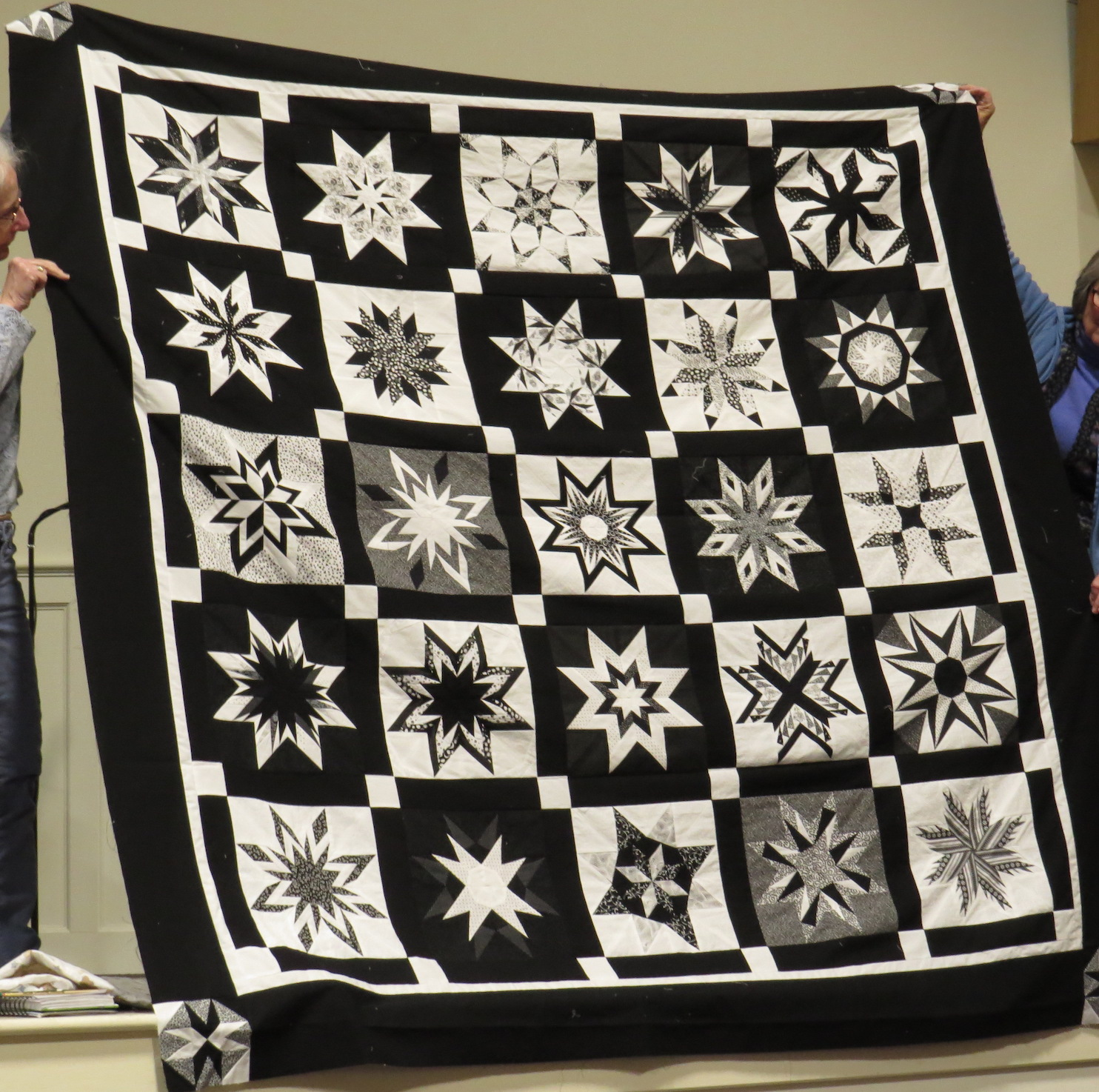 joyce luby black and white quilt